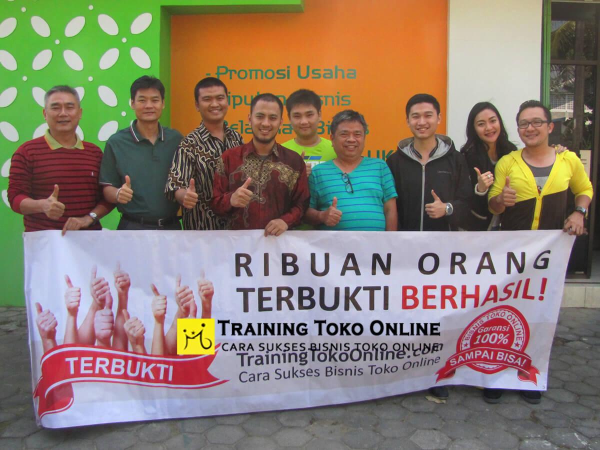 Peserta training toko online angkatan ke-5
