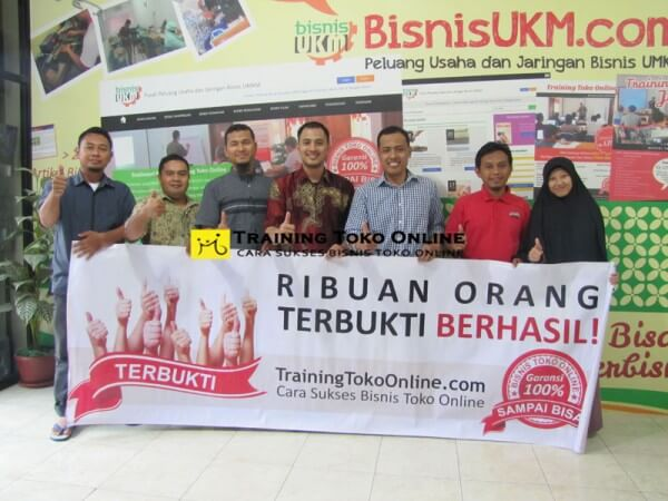 Peserta training toko online april 2015