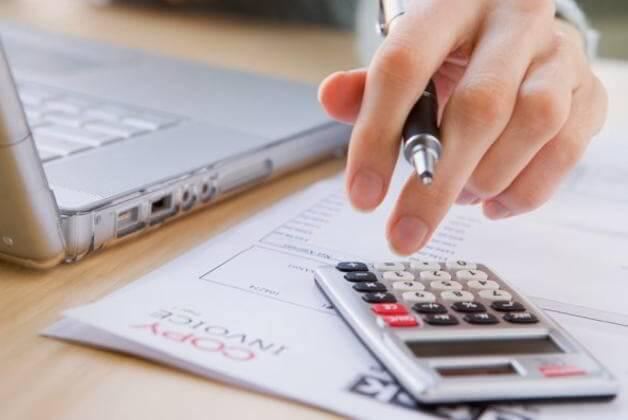 mengelola keuangan