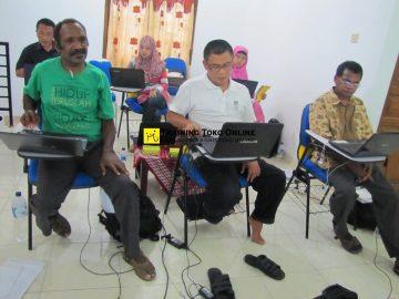 Keseriusan peserta mengikuti setiap materi training toko online