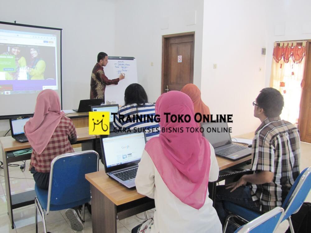 Materi kelas training toko online