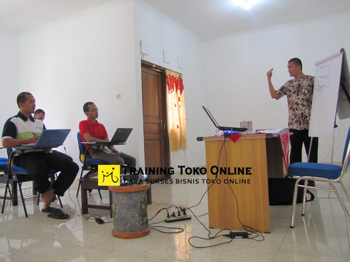 Pelatihan bisnis toko online di bulan ramadhan