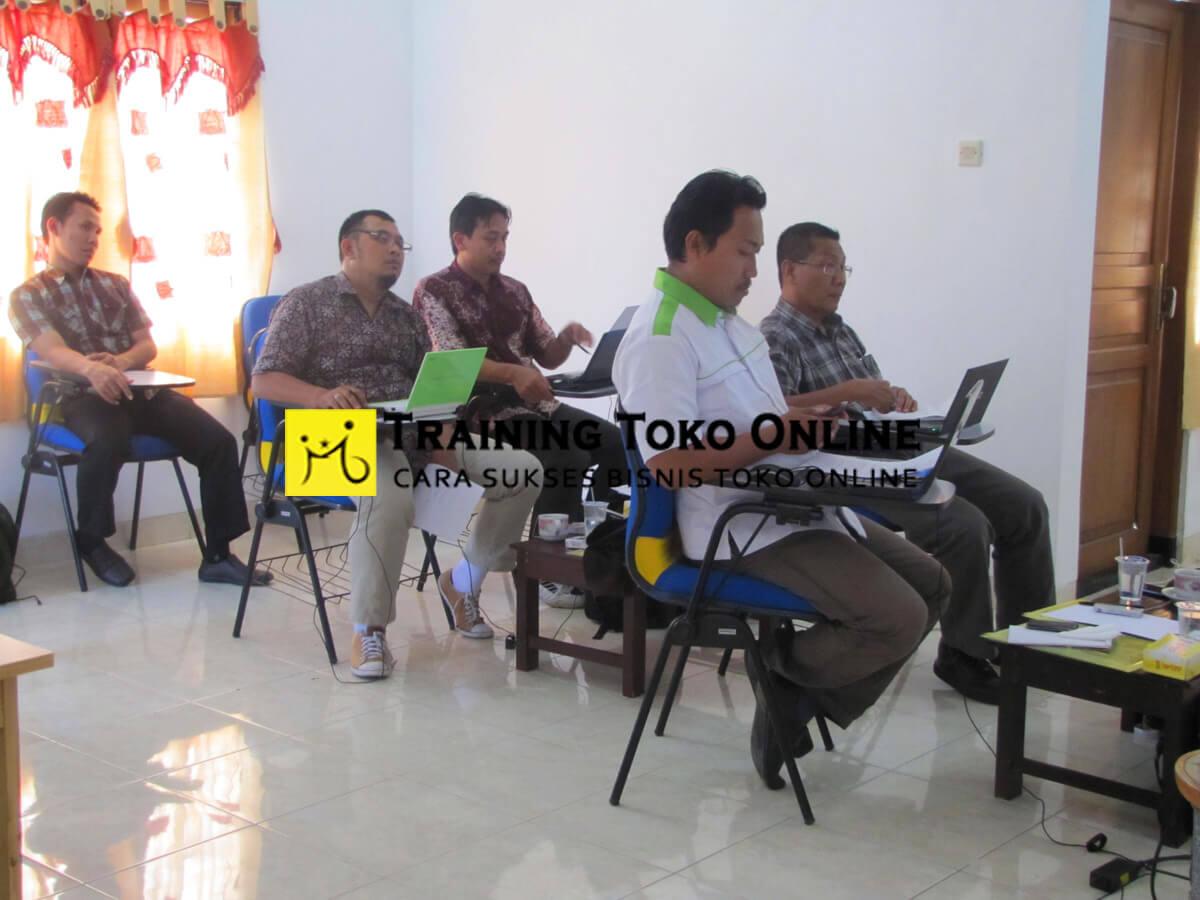 Pelatihan toko online angkatan ke-3
