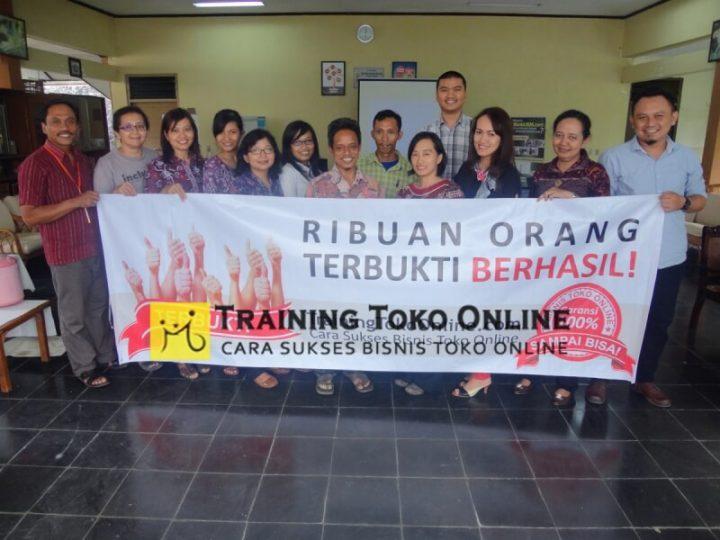 Peserta in house training toko online