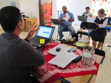 Tanya jawab peserta training toko online